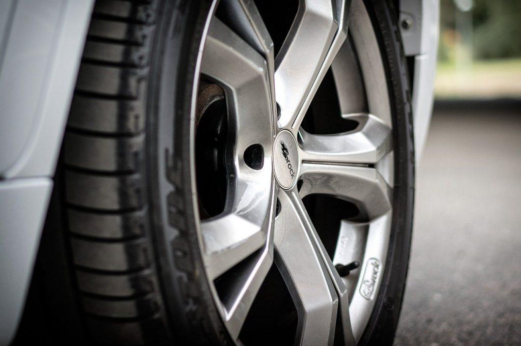 Où acheter les meilleurs pneus pour votre voiture